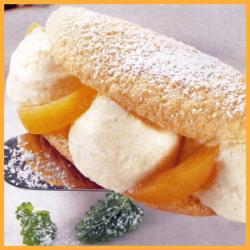 Backrezept Biskuit-Omeletts mit Aprikosencreme und mit Zitronencreme
