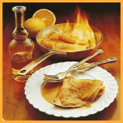 Crepes Suzette und Knuspereierkuchen mit Sahnefüllung