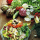 Elegante Salatplatte und leckerer Würziger grüner Salat