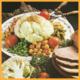 Festliche Gemüseplatte und Gourmerplatte aus Obst und Gemüse