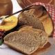 Gerstenbrot und Frischkorn-Roggenbrot