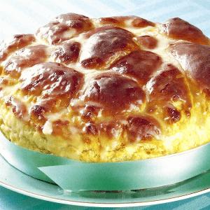 Hefe Orangenkranz und Geflochtener Hefekuchen