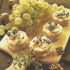 Drei pikante Leckerbissen und Käse Törtchen das schnelle Abendessen