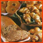 Pomeranzenbrot, Kümmel-Hörnchen und Runde Roggenbrote