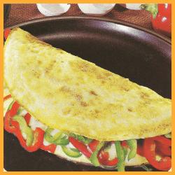 Paprika-Omelett und Speck-Omelett mit Schnittlauch