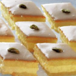 Pfefferminz-Rauten und gebackene frische Apfelküchle