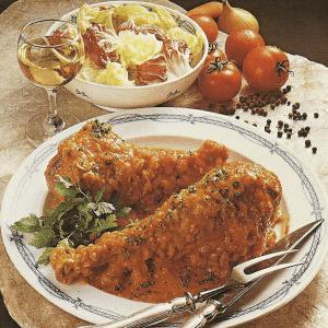 Puterbrust nach englischer Art und Puterkeulen in Tomatensoße