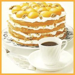 Sahne - Aprikosentorte mit Walnüssen und Ambrosiatorte