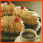 Mocca Schokoladenbaisers und Makronen Sahnecreme