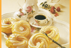 Eberswalder Spritzkuchen und Gefüllte Medaillons