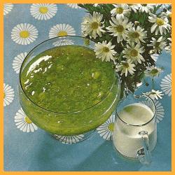 Stachelbeercreme und Gefrorener Himbeerschaum und Gefüllte Ananas