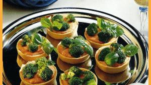Tomaten-Broccoli-Törtchen
