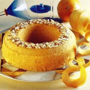 Zimtecken mit Baiserglasur und Spanischer Orangenkranz