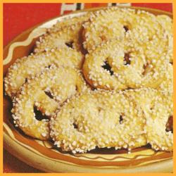 Feine Zuckerbrezeln und knuspriges schwarzweiß Gebäck