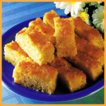 Ananas-Kokos-Schnitten und Nuß-Zimt-Kranz