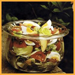 Bunter Salat ,Regines Festtagssalat und Geflügelsalat mit Currysahne