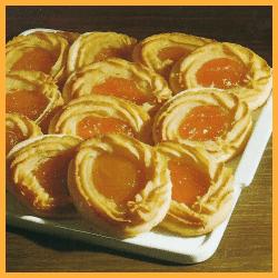 Gefüllte Marzipanringe und Kleine Rosenkuchen