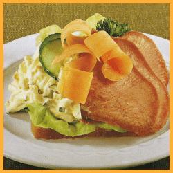 Zunge mit Gemüsesalat und Kalte Platte Corned beef und Salat